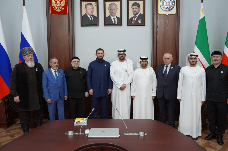 В Парламенте прошла встреча с Чрезвычайным и Полномочным послом ОАЭ в России Мохаммадом Ахмадом Альджабером