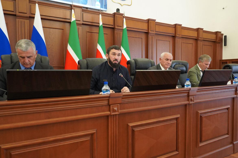Парламент назначил дату выборов Главы ЧР