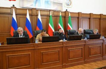 Состоялось заключительное заседание Парламента ЧР 4-го созыва