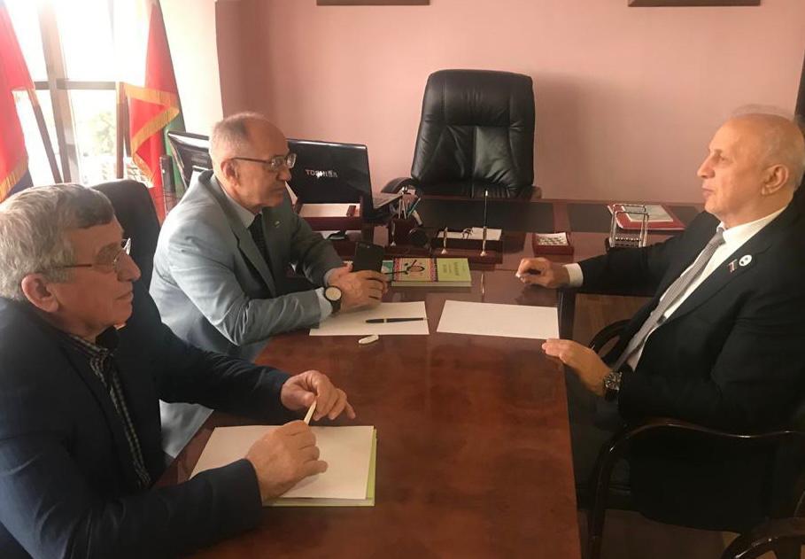 Бекхан Хазбулатов провел встречу с председателем Совета депутатов Грозненского муниципального района